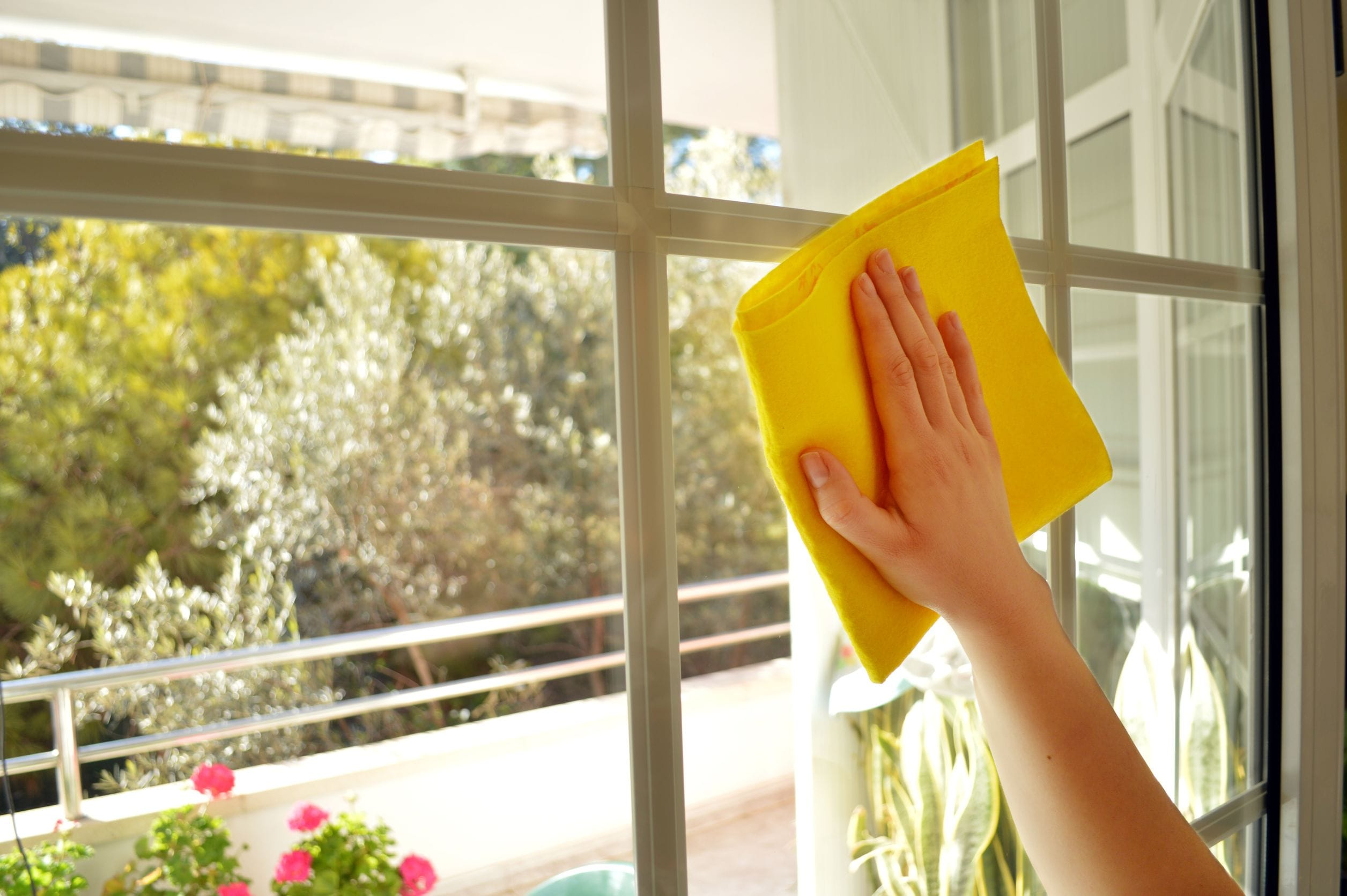 mytí skleněných povrchů