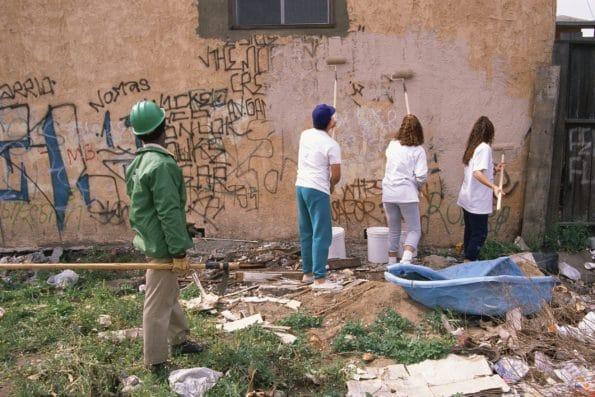 odstraňujeme graffiti