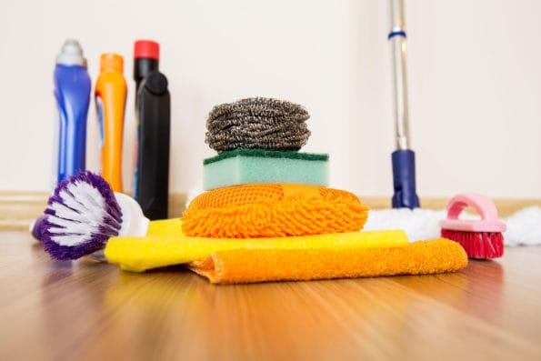 čištění podlah od lepidla7