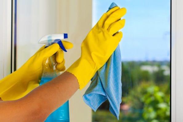 Prostředky na mytí a čištění oken
