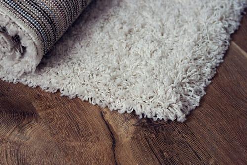 Jak vyčistit koberec