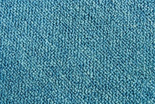 Strojově čištěný koberec