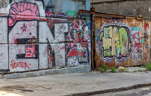 odstranění graffiti bez poškození